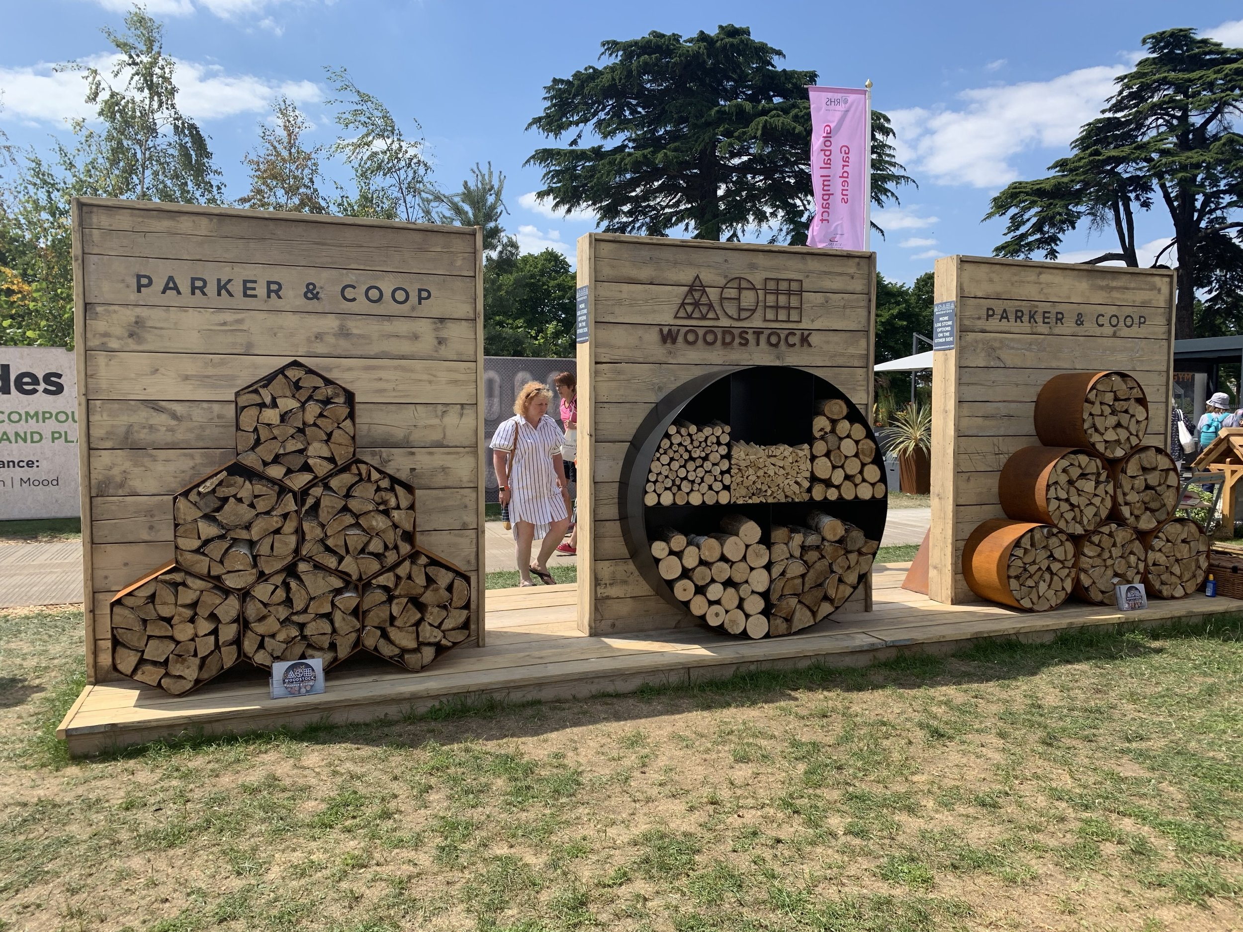Hampton Court Palace Flower Show | Vanilla Rose Weddings Monthly Round Up