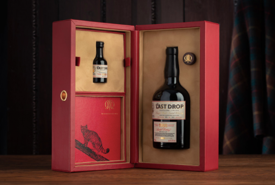 Charming gift for the Scotch lover or anyone turning 50 this year.