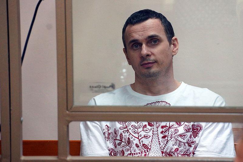 Oleg_Sentsov,_Ukrainian_political_prisoner_in_Russia,_2015.JPG
