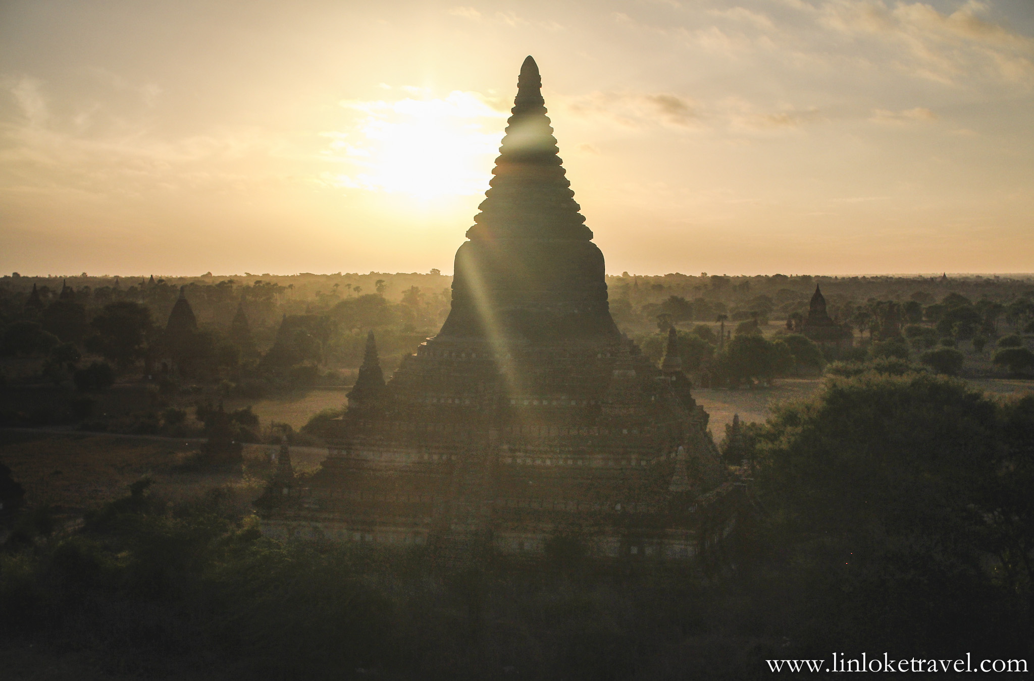 Sunrise view from Mingalazedi Pagoda