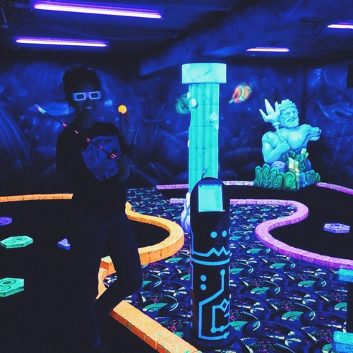 glowgolf1.jpeg