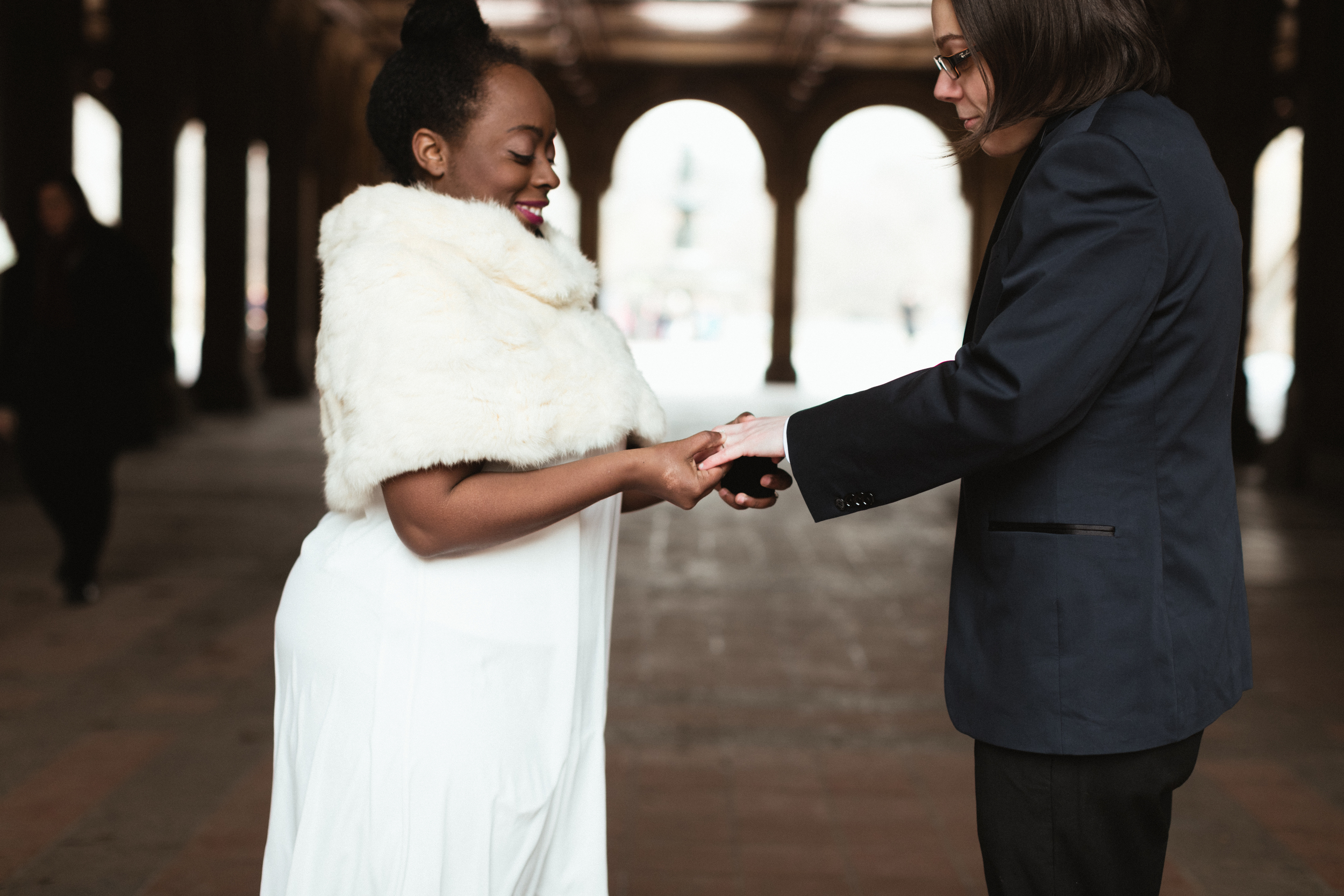 Ash Carr Wedding Photography New York exchanging rings
