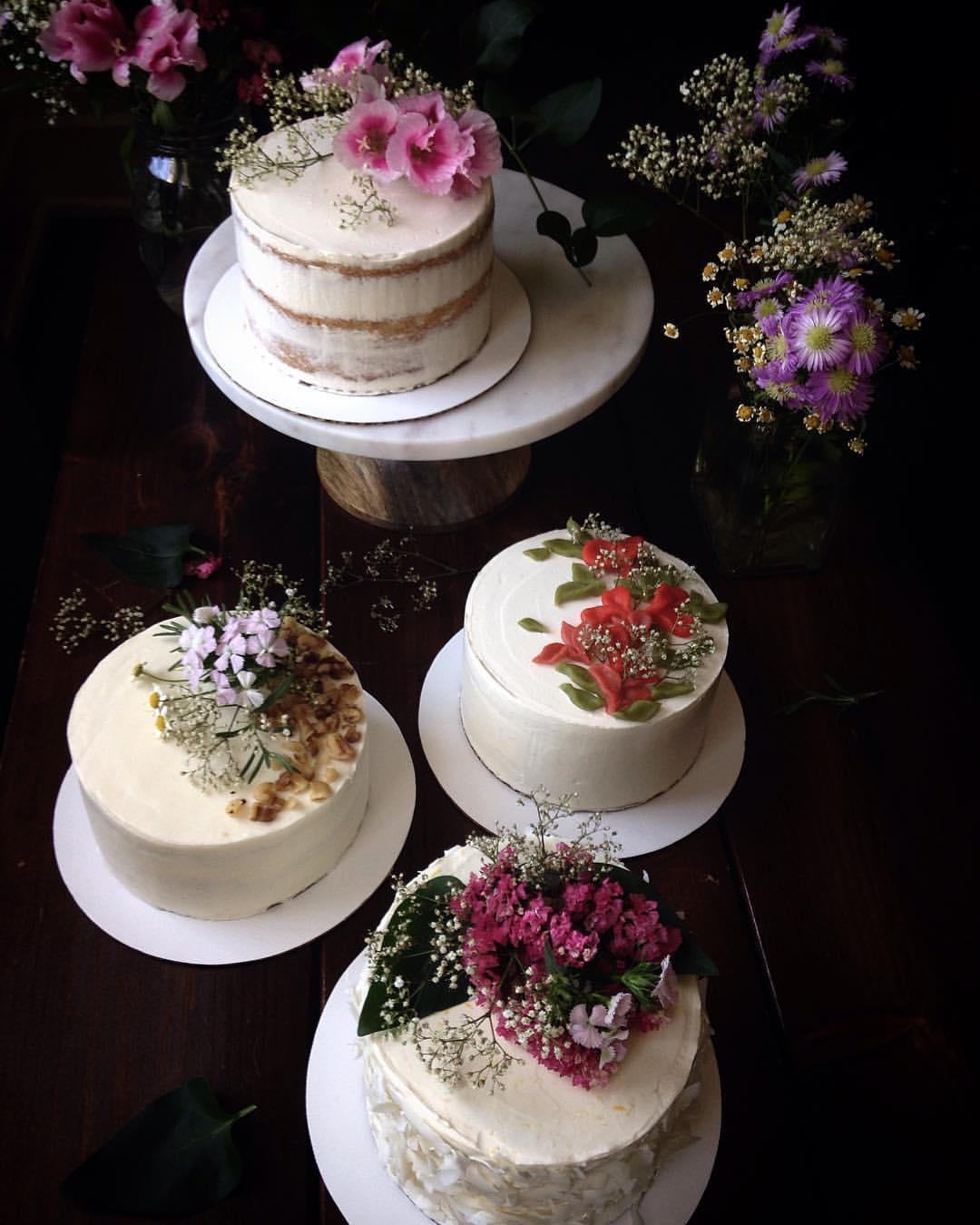 decorated cakes on cake stands