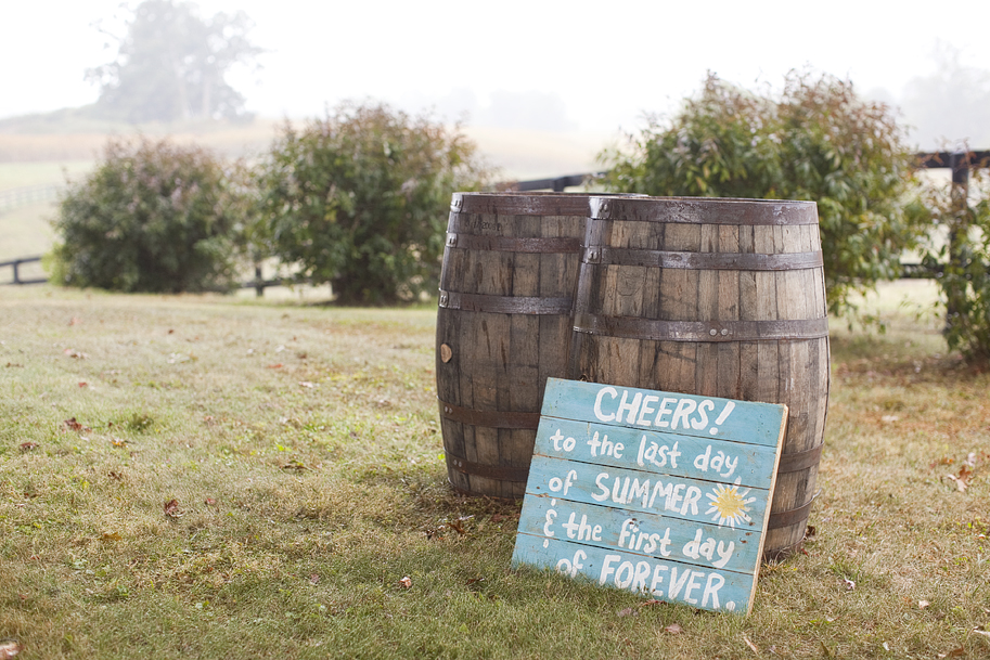 Barrels used as decor on your wedding day.