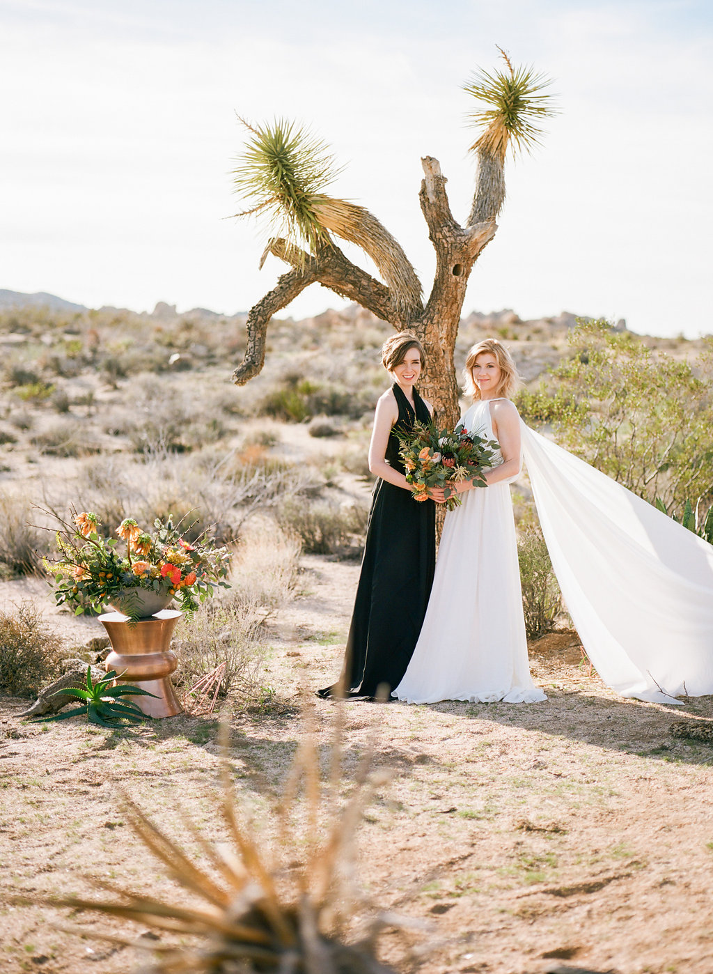 Jessica Schilling Wedding Photography couple in front of joshua tree