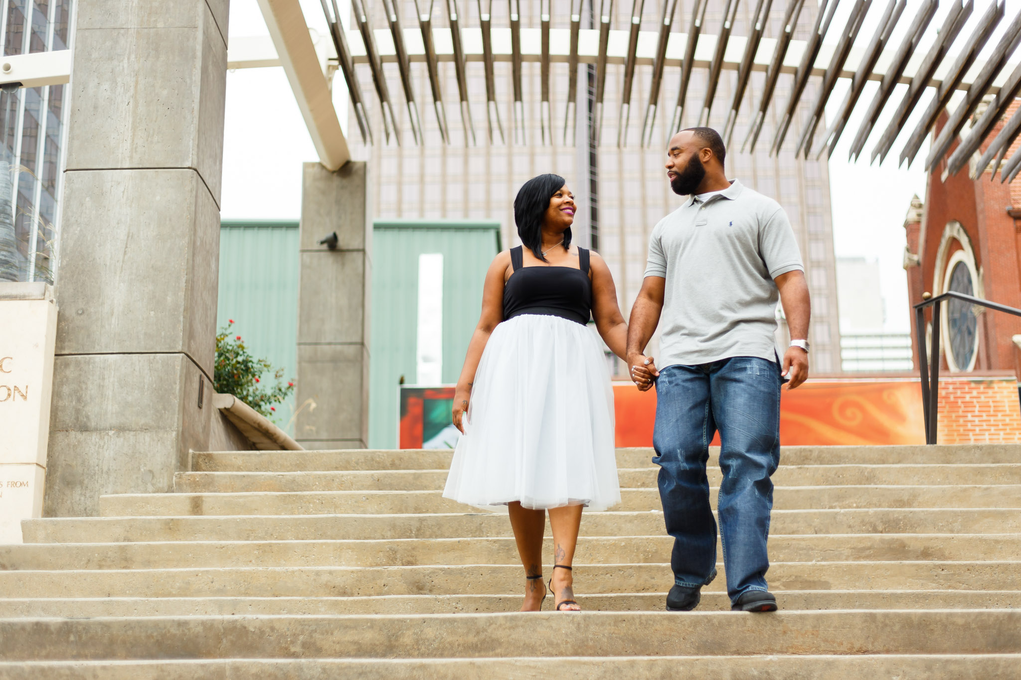Wedding engagement photo shoot in Dallas arts district with photos taken by Amber Knowles