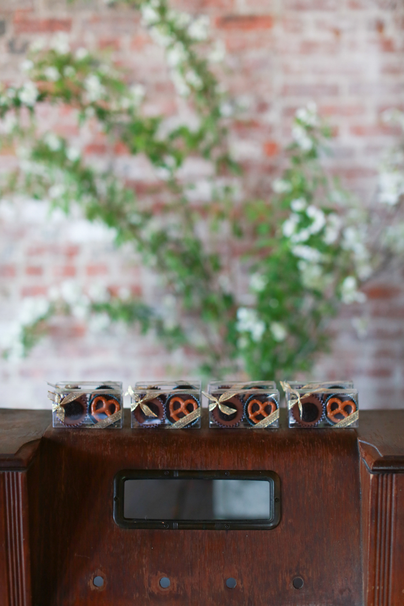 Jessie's Nutty Cups candy wedding favors