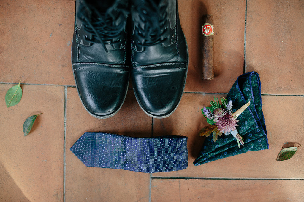 Groom accessories laid out