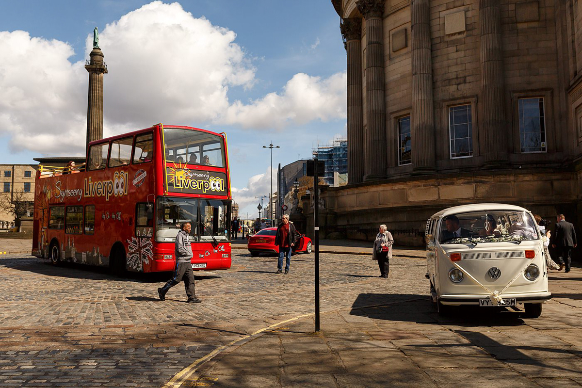 liverpool double decker bus