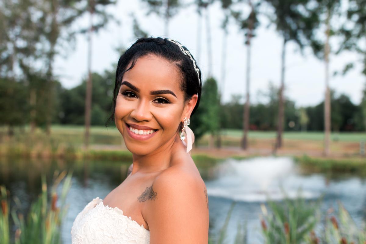 Classic bride portrait at Doko Manor in South Carolina