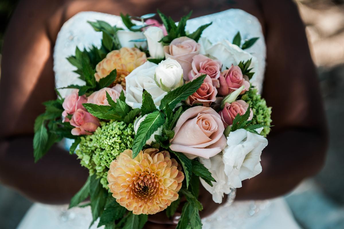 mountain elopement bouquet