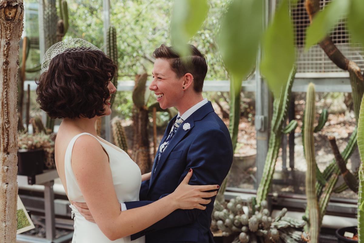 uc berkeley garden wedding first look
