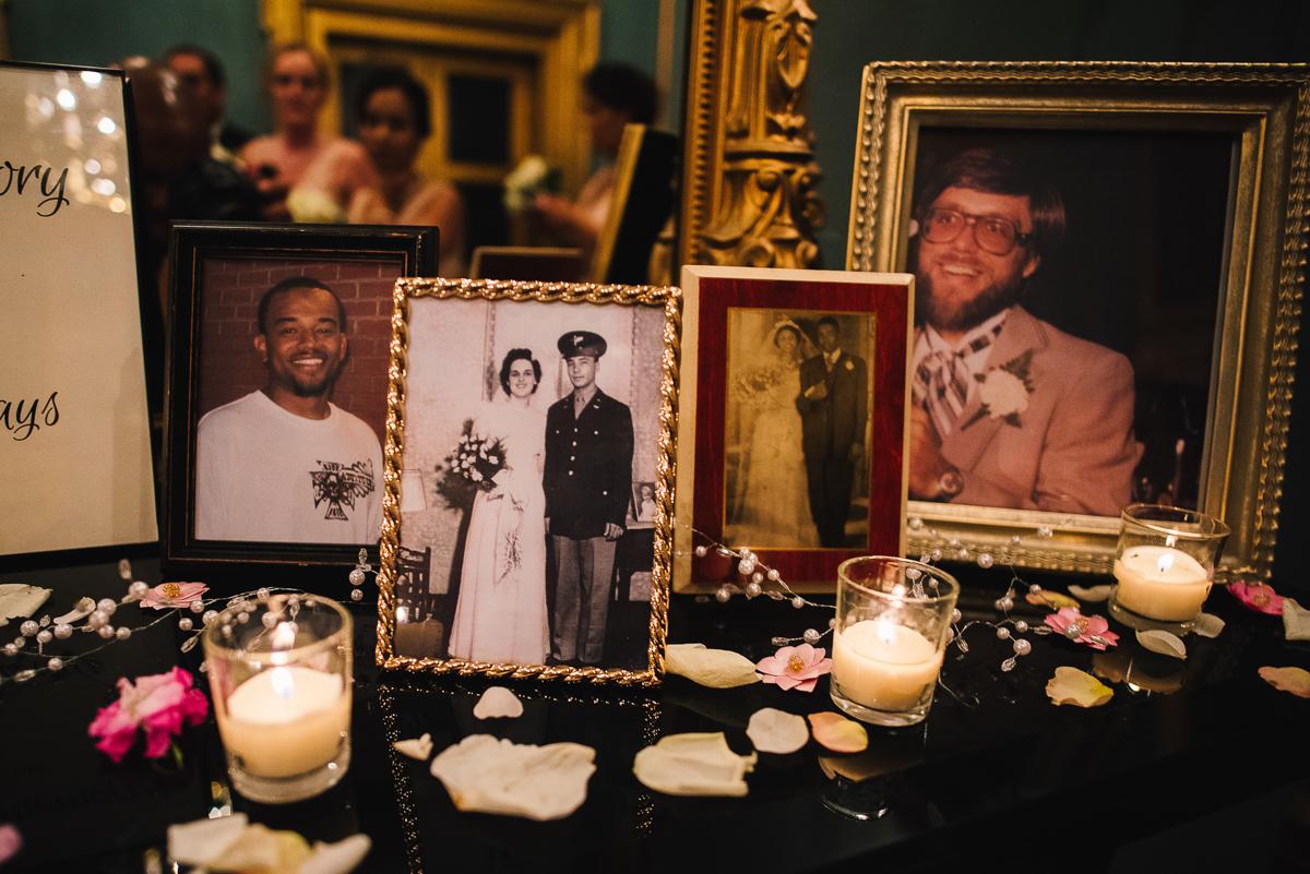 mount vernon ballroom wedding table of family wedding pictures