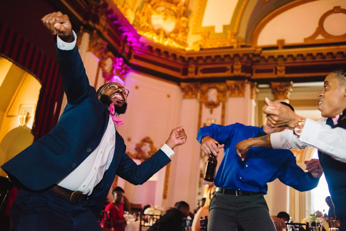 mount vernon ballroom wedding guests dancing