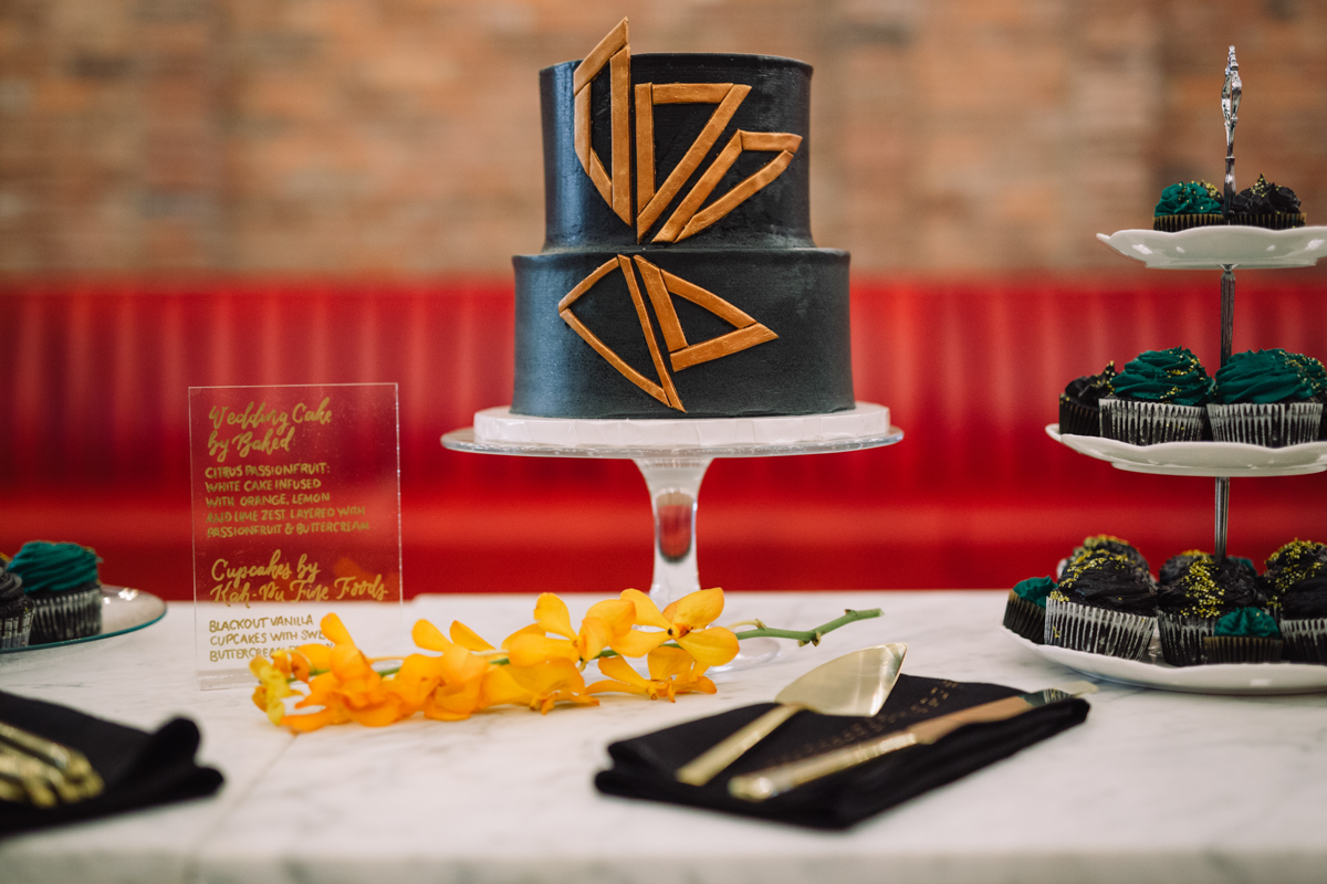 williamsburg hotel wedding shoot cake