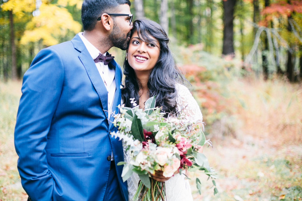 Samantha+Lauren+Photographie+Fall+Airbnb+Wedding.jpeg