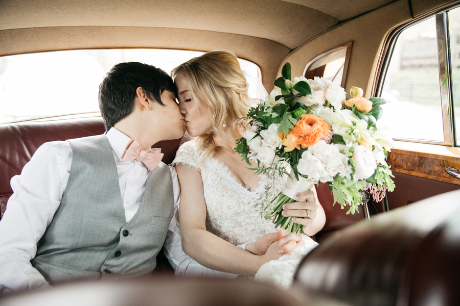 ARIN AND KATIE DOWNTOWN SEATTLE WEDDING KISS IN CAR