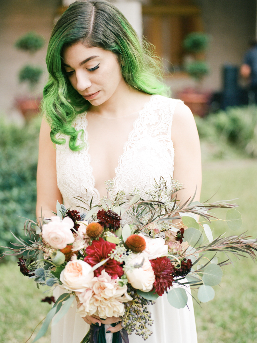 Saint augustine wedding allie with bouquet