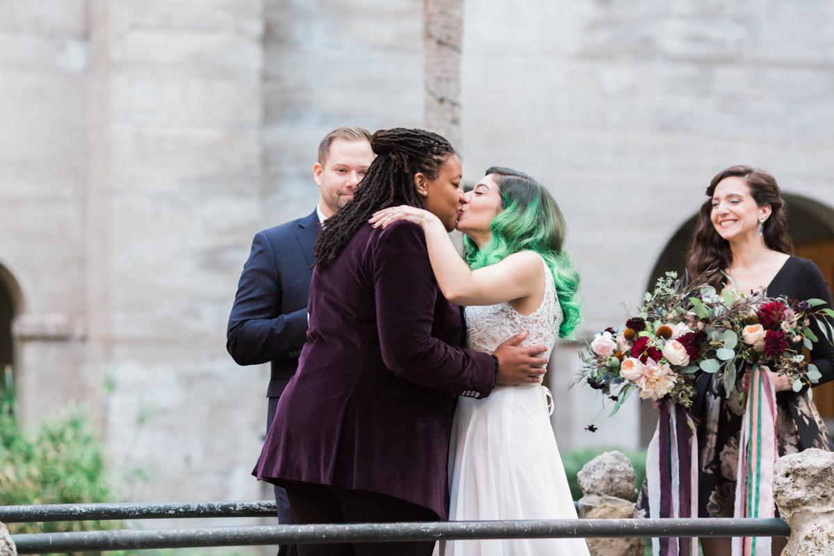 Saint augustine wedding ceremony kiss