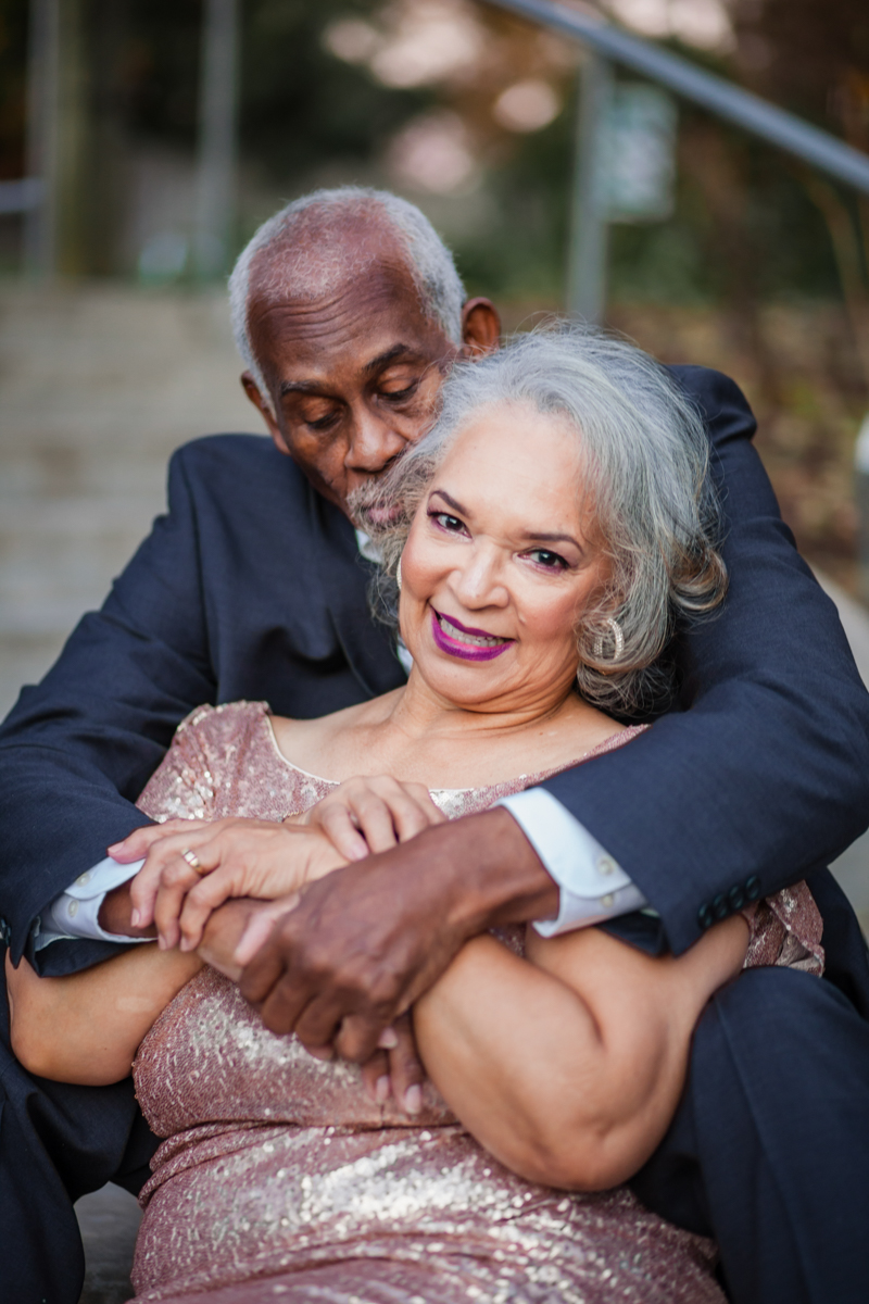 47 years of amazing photo shoot amber robinson wanda and marvin sitting on outside stairs