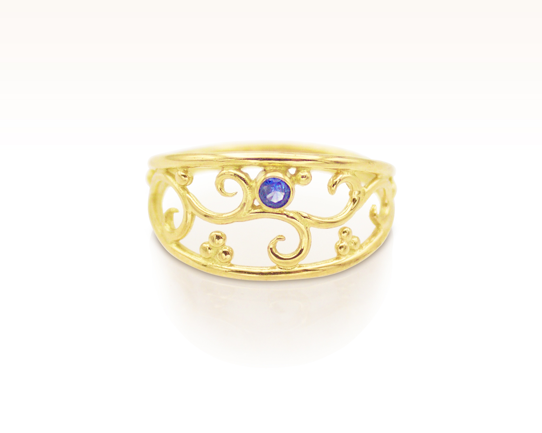 Blue Sapphire 18K Gold Forged Filigree Ring