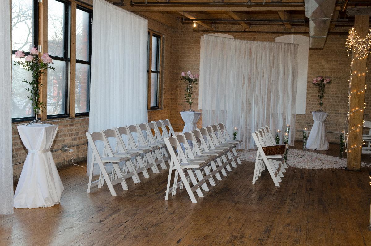 Photo by Nicki Olson of  eStudio Weddings
