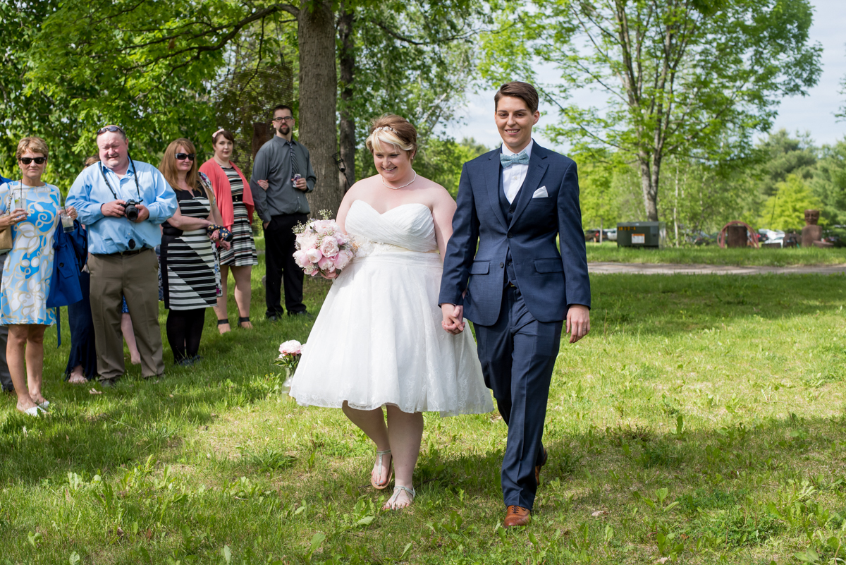 saratoga springs wedding brides arriving at ceremony