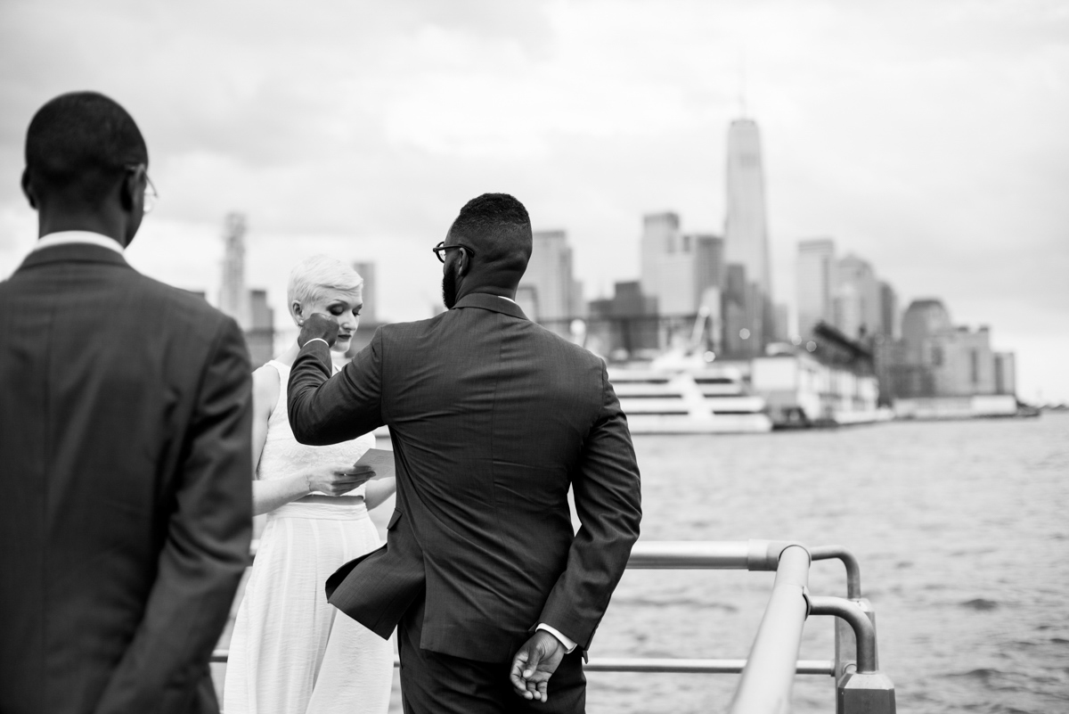 intimate new york elopement vanessa reading vows
