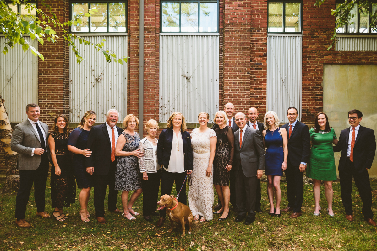 BALTIMORE WEDDING AT MOUNT WASHINGTON MILL DYE HOUSE FAMILY PICTURE OUTSIDE