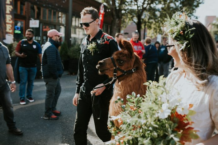 this-couple-celebrated-their-7th-anniversary-with-an-urban-adventure-vow-renewal-in-portland-oregon-jamie-carle-photography-5-700x467.jpg