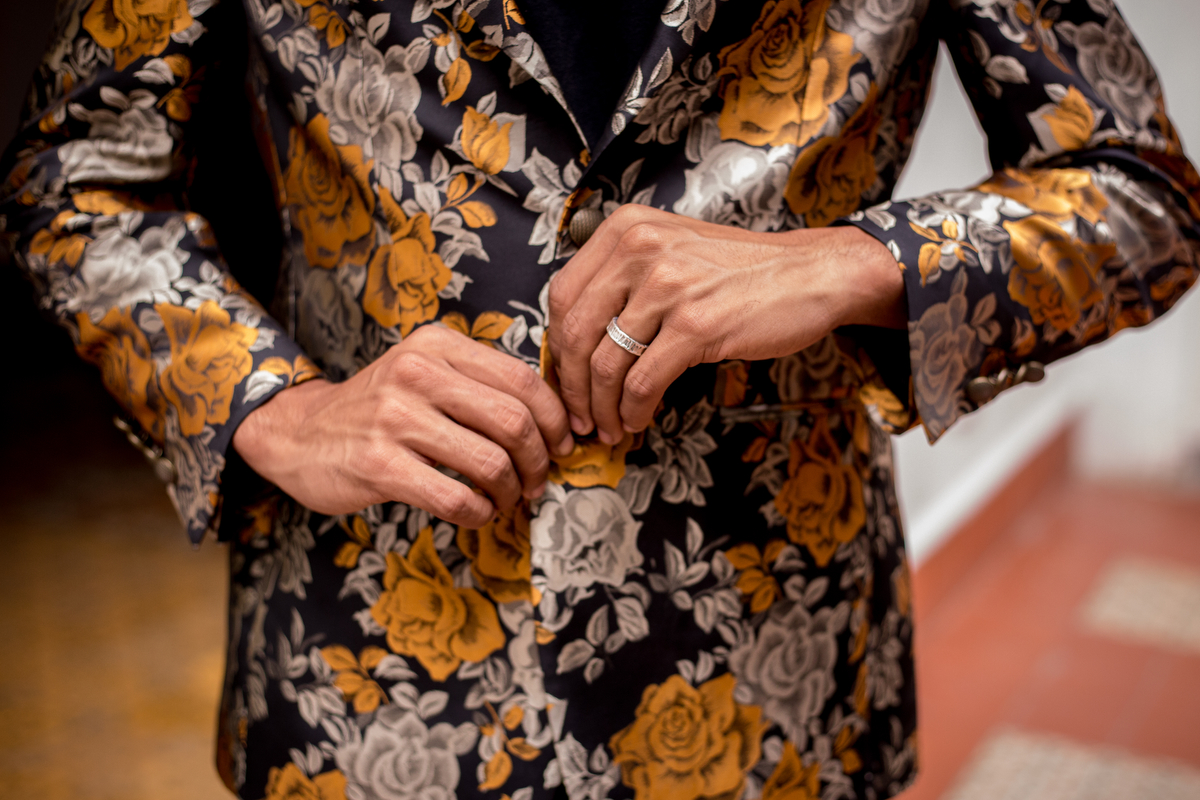 lovers in havana felix buttoning floral jacket