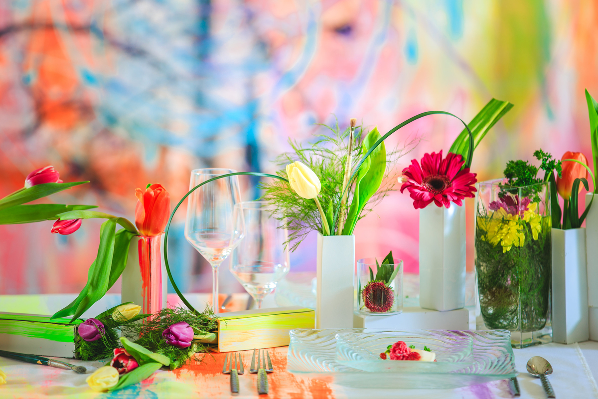 Love Out Loud Parker Colorado Styled Shoot flowers and entrée on table