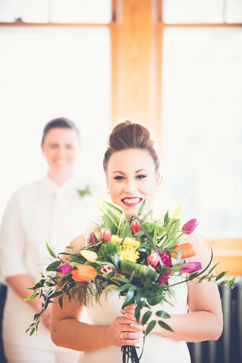 Love Out Loud Parker Colorado Styled Shoot kaitlyn holding bouquet with candice in background