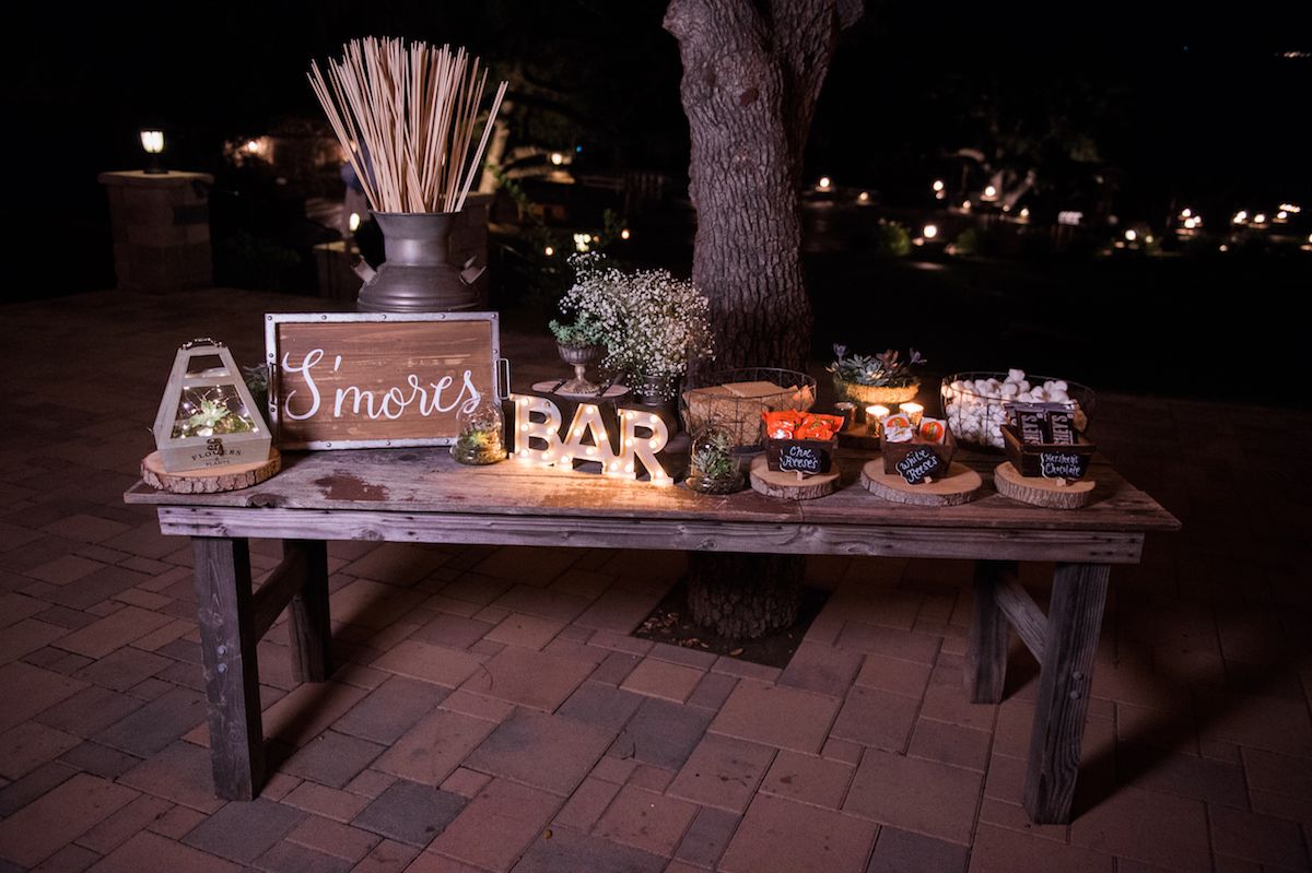 circle oak ranch farm wedding california s'mores bar