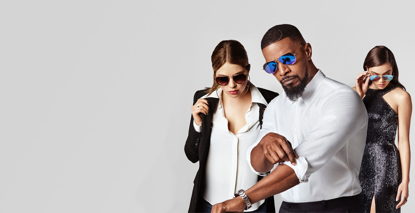 10 stylish gifts to give your wedding party privé revaux sunglasses being modeled by jamie foxx, Hailee Steinfeld, and Ashley Benson
