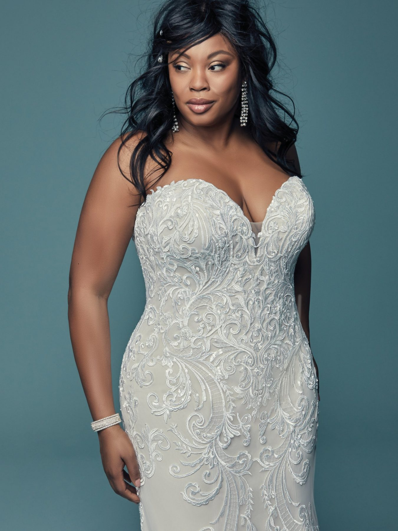22 Designer Plus-Size Wedding Dresses That Prove Your Body ...