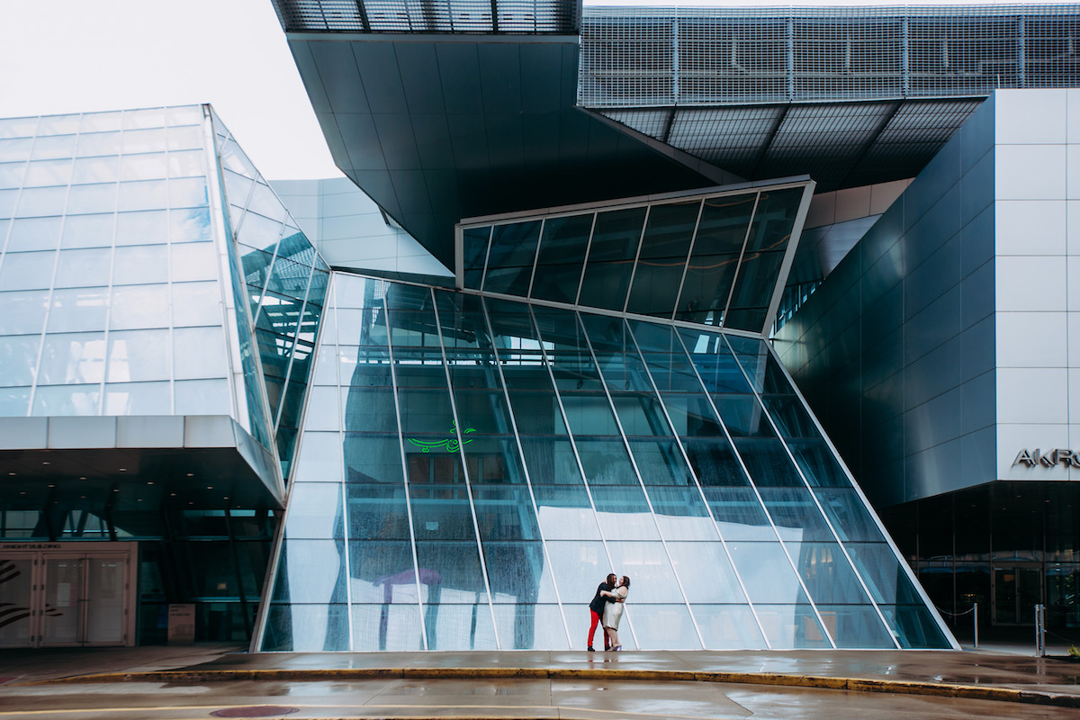 engagement photo shoot at akron art museum alysse and gio outside akron art museum