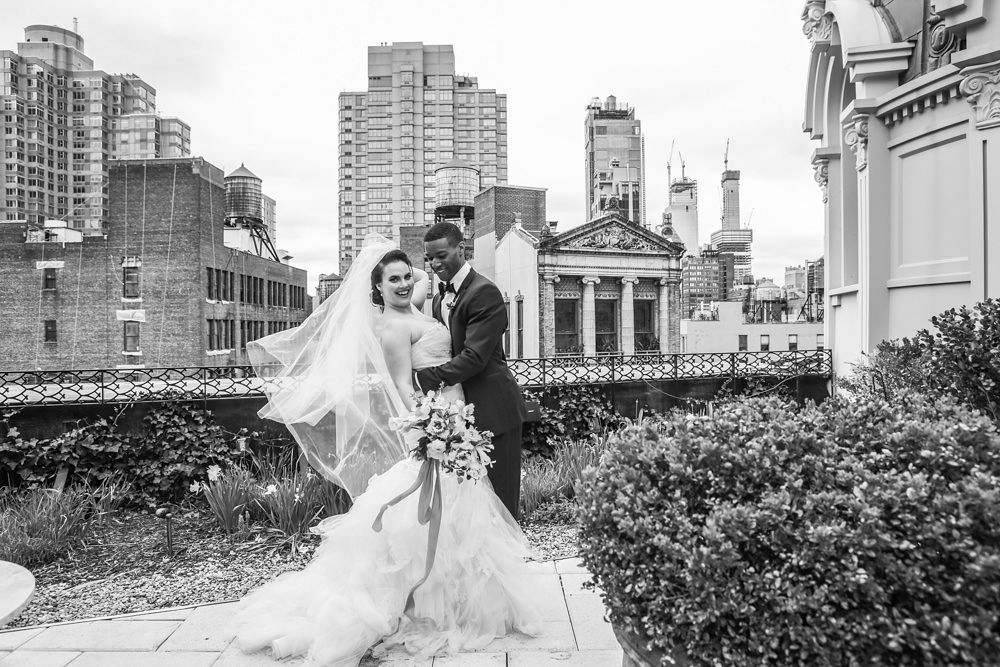 Modern traditional blended styled shoot new york couple in garden