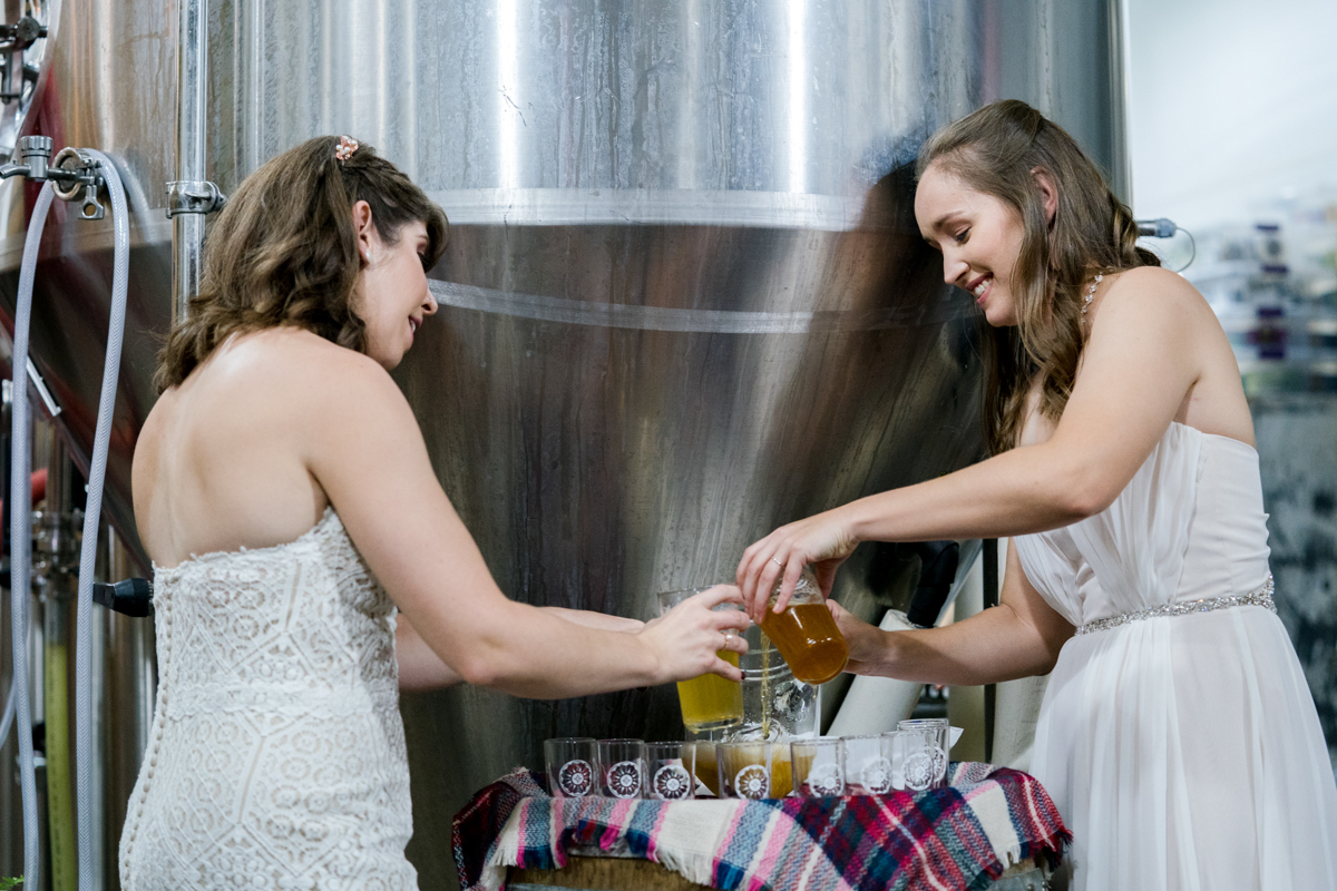 Brewery wedding washington D.C. maggie and whitney mixing beers for unity beer