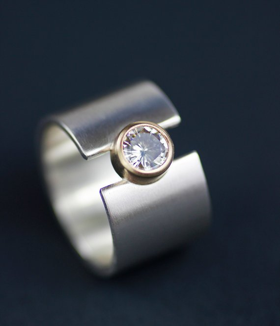 MOISSANITE LUNAR ECLIPSE WIDE BAND RING