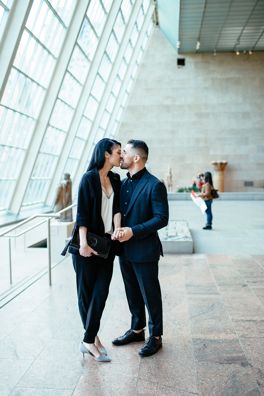 Tomasz and Jessica's surprise wedding proposal at the Metropolitan Museum of Art