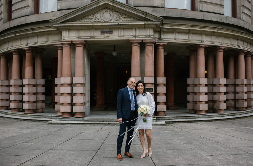 portland rainy elopement maddie maschger photography linda and moreno outside city hall