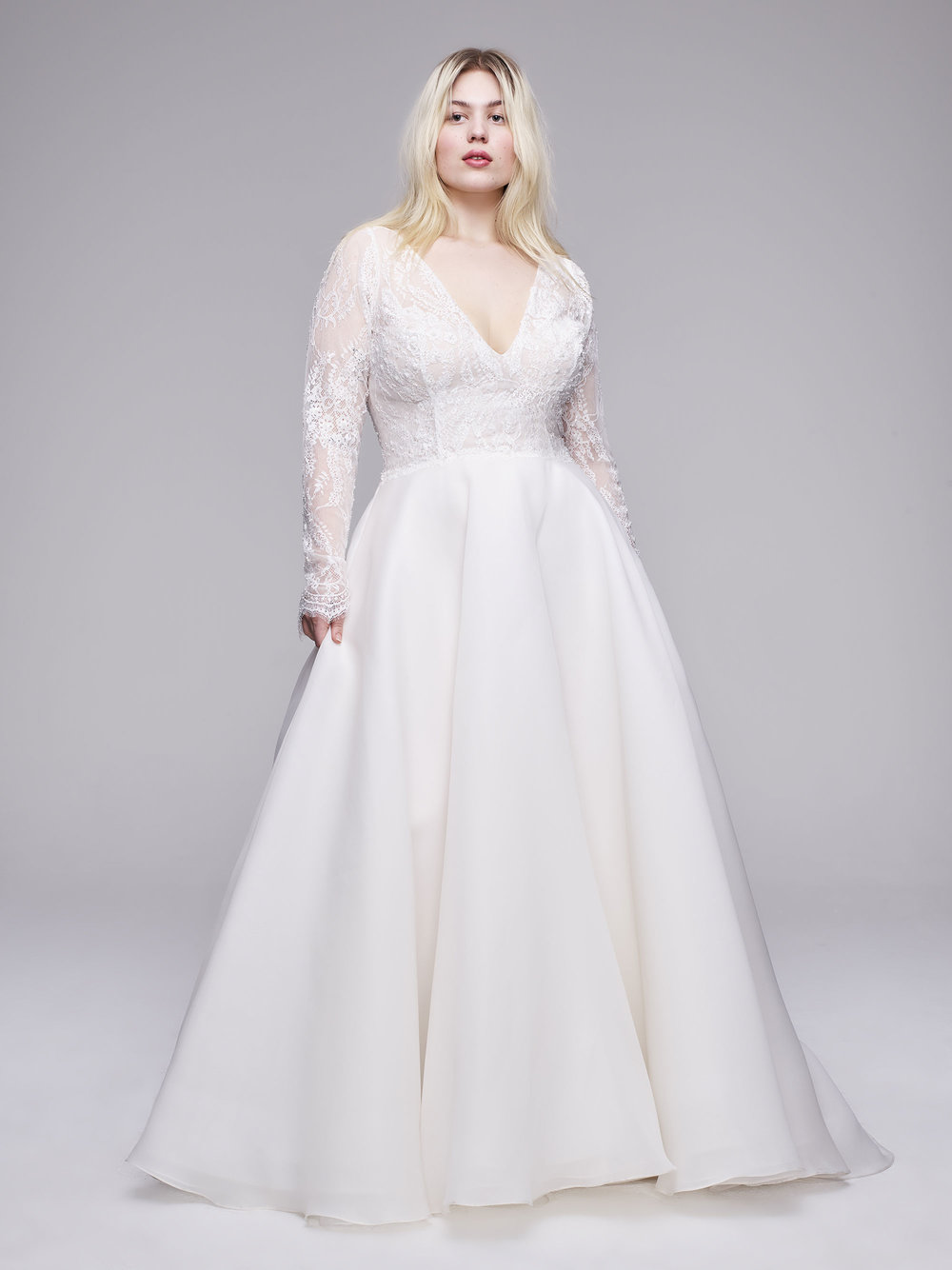 The Chrissy Plus size wedding gown from Curve Couture by Anne Barge