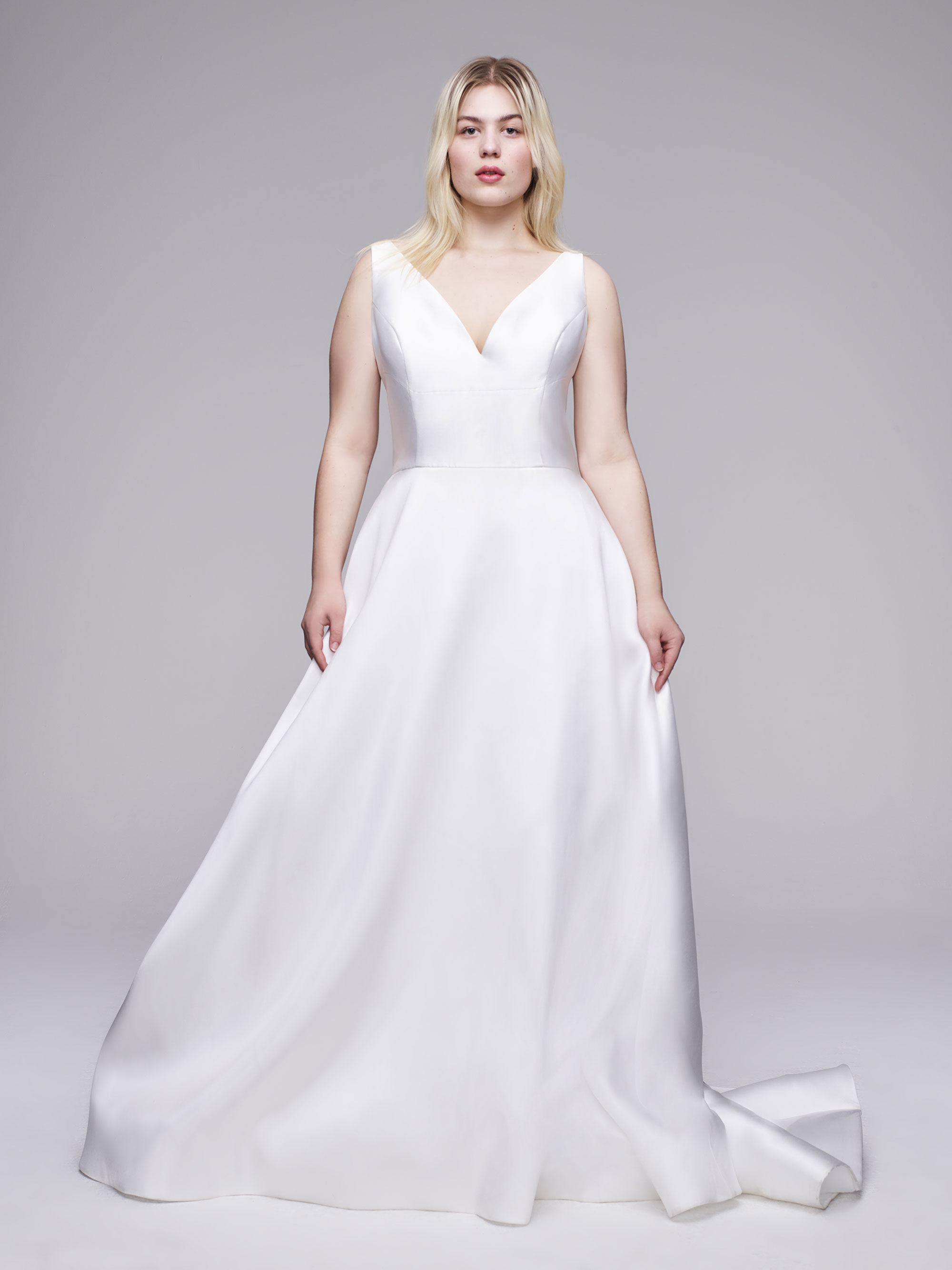 The Raquel Plus Size wedding gown from Curve Couture by Anne Barge