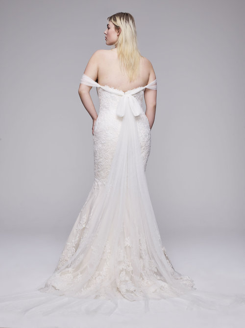 The Raven plus size wedding gown from Curve Couture by Anne Barge