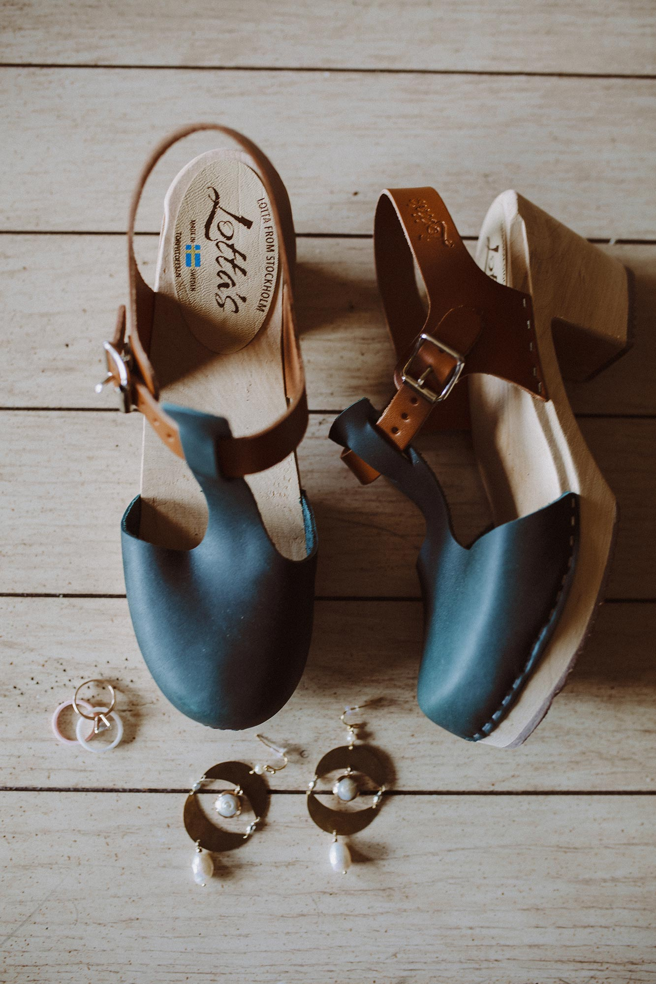 DIY summer camp wedding spring green wisconsin heidi uhlman photography shoes and jewelry