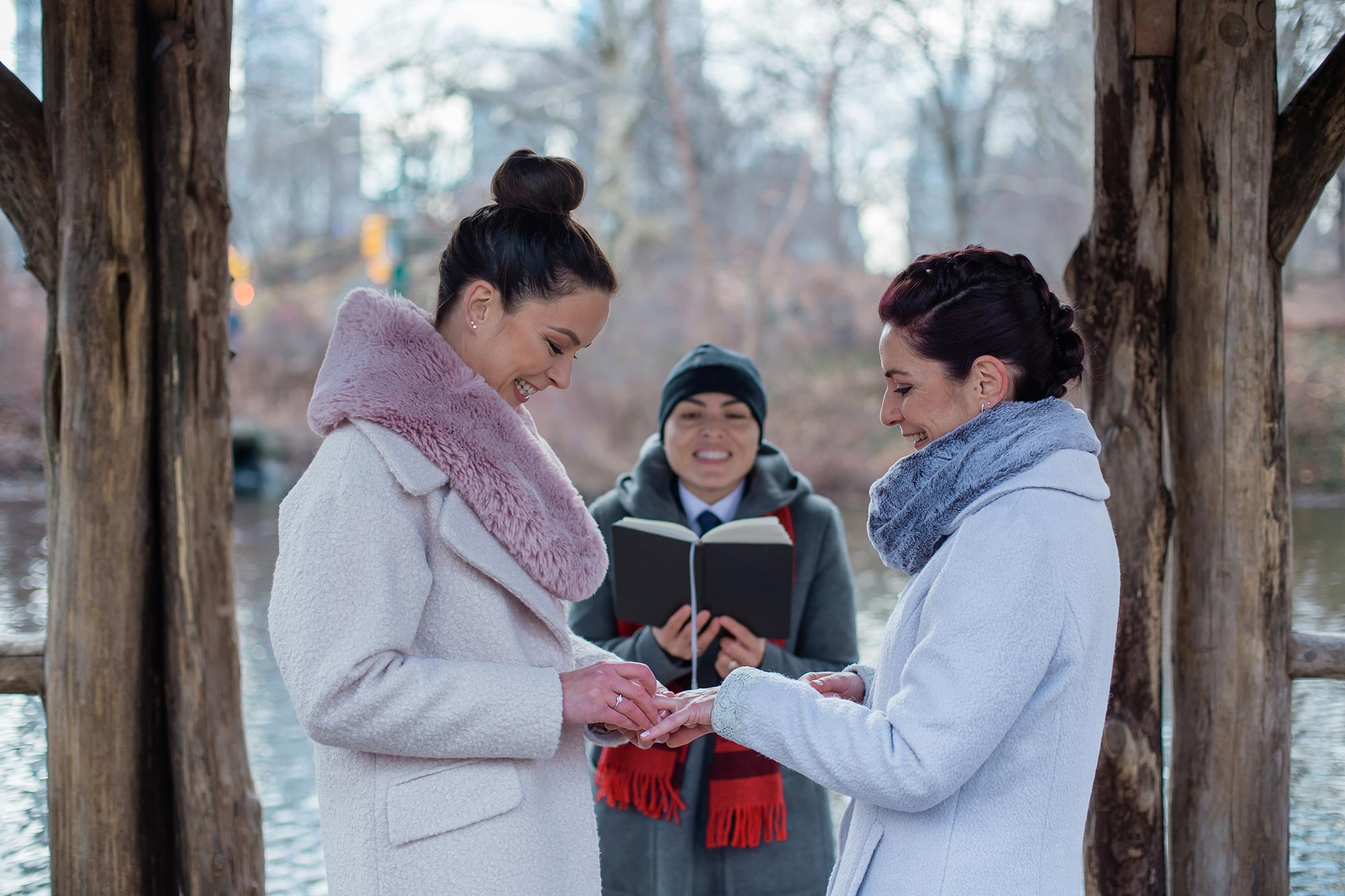 queer irish central park winter elopement kate alison photography exchanging rings