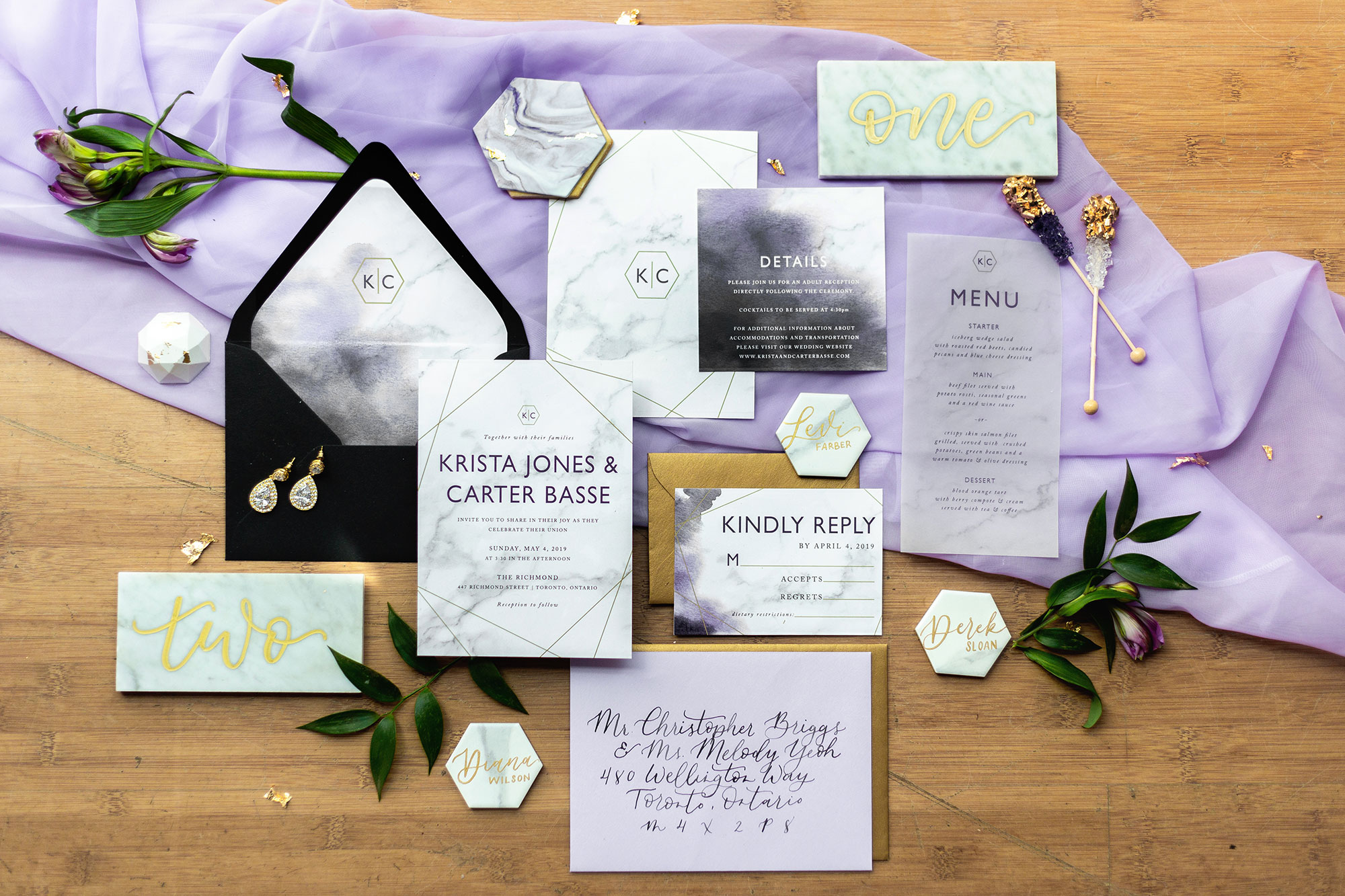 Henkaa fall wedding collection with marbled wedding invitation suite