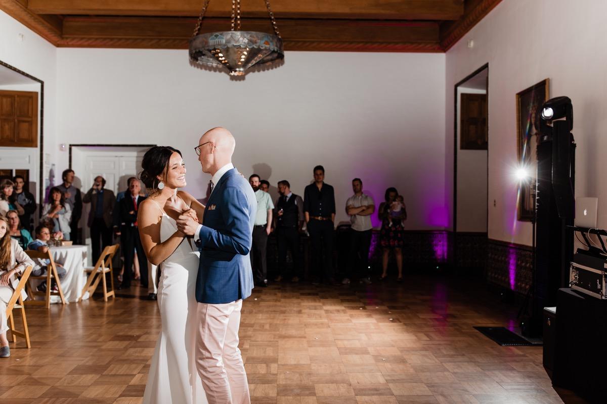 lAVENDER FARM WEDDING ALBUQUERQUE NEW MEXICO ALICIA LUCIA PHOTOGRAPHY COUPLE'S FIRST DANCE