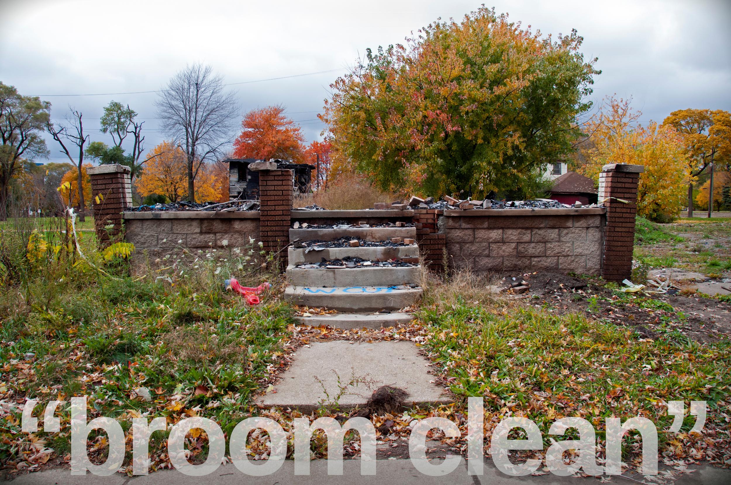 4-Leveled+House-broom+clean-3578943745-O.jpg